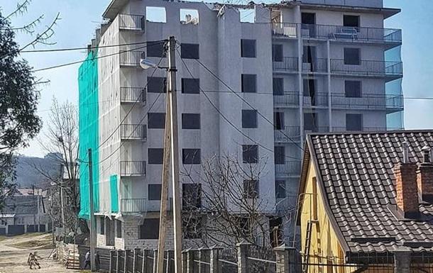 У Львові вперше знесуть семиповерховий самобуд