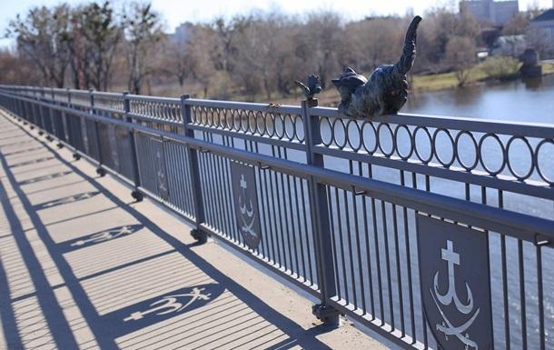 У Вінниці з мосту вкрали бронзову скульптуру кота