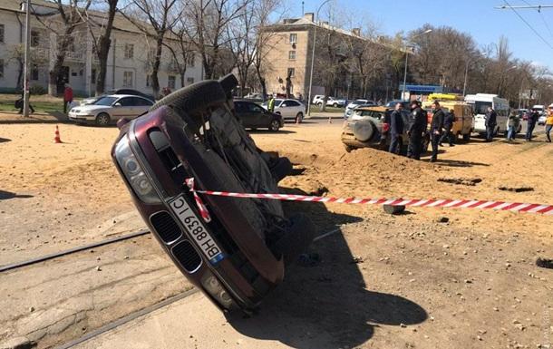 В Одесі під автомобілем прогримів потужний вибух