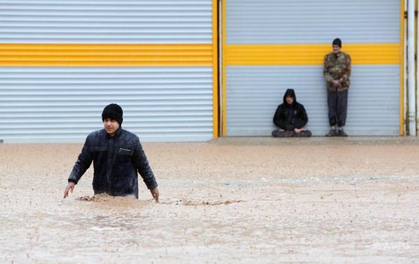 Наводнение в Иране: число жертв превысило 60 человек