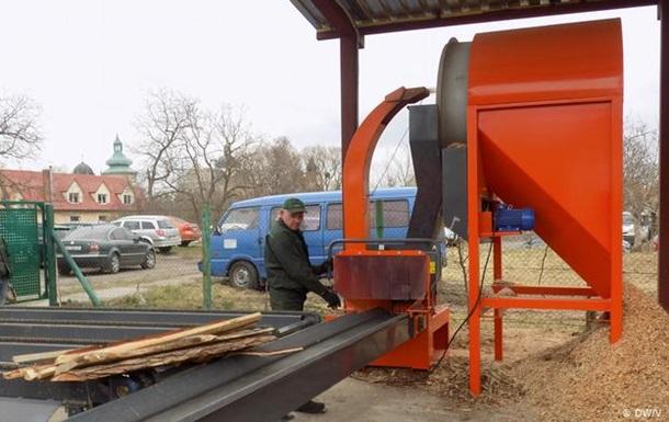 Тирса замість газу: як містечко на Львівщині стає енергоефективним