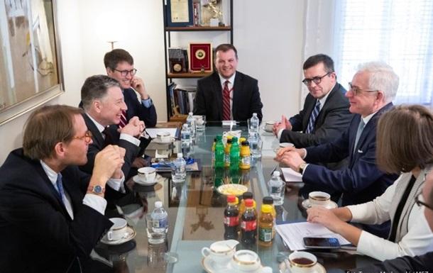 Волкер і глава МЗС Польщі обговорили підтримку України