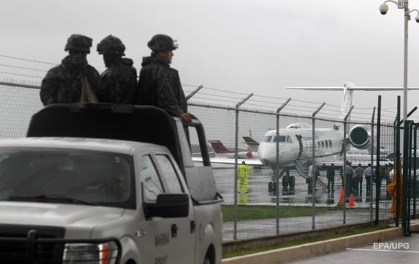 В Мексике ограбили инкассаторов на летном поле аэропорта