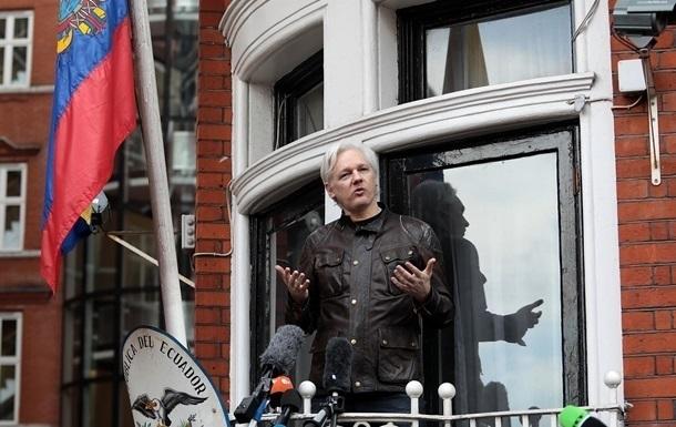 WikiLeaks заявила про підготовку витурення Ассанжа з посольства Еквадору