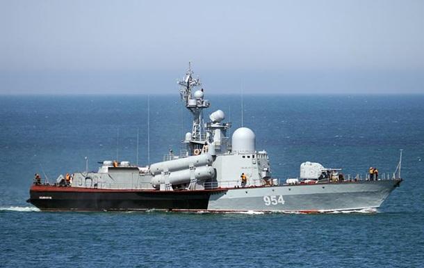 Россия провела ракетные стрельбы в Черном море