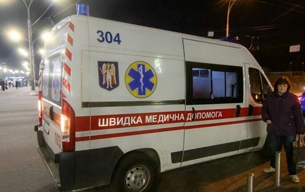 У Львівській області чоловік випав із саморобного авто і загинув