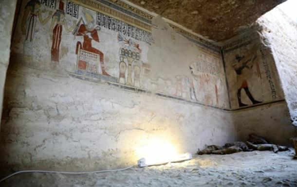 У Єгипті знайшли гробницю з муміями мишей і птахів