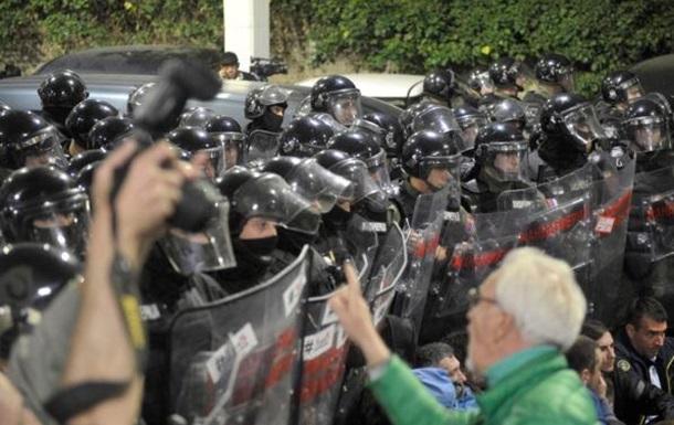 Зачем в Сербии готовят революцию