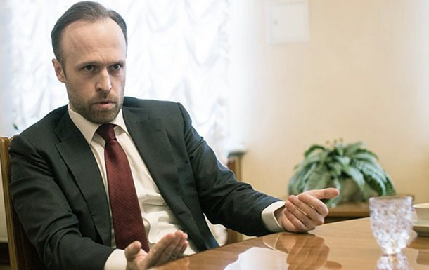У Порошенка спростували звільнення заступника голови АП