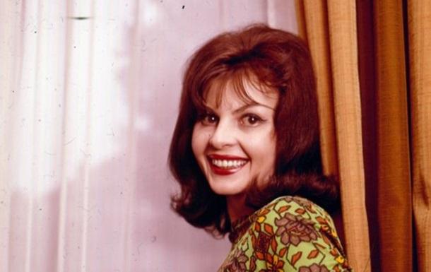 Умерла еще одна  девушка Бонда  Надя Регин