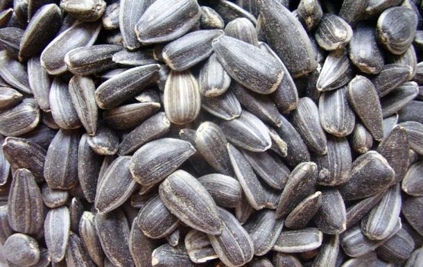 В Одеській області грабіжники викрали тонни насіння