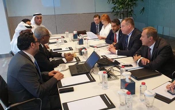 ОАЕ мають намір інвестувати $2 млрд в зелену енергетику в Україні