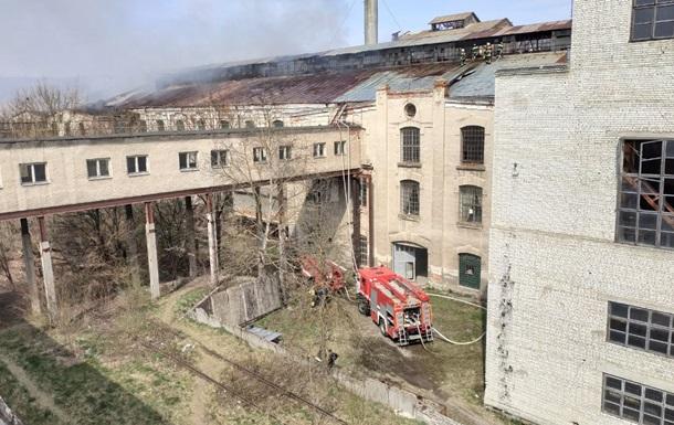 У Чернівецькій області горів завод