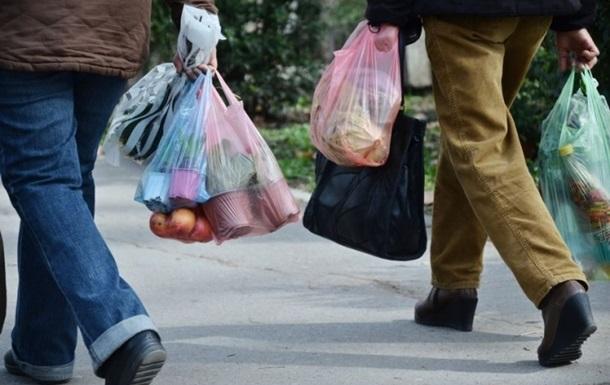 У Львові відмовилися від поліетиленових пакетів