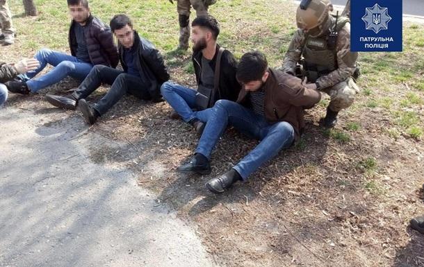 У Києві спецназ затримав банду вимагачів