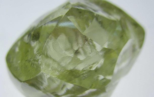 На півдні Африки знайшли рідкісний алмаз у 72 карати