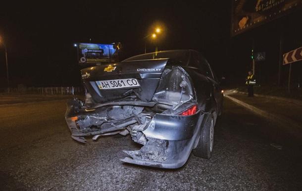 В Киеве возле Байкового кладбища в ДТП попали три машины