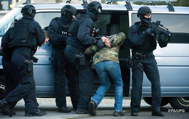 У Миколаєві йдуть десятки обшуків у справі про наркоторгівлю - ЗМІ