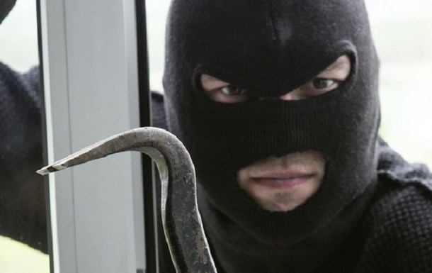 На Закарпатье грабители напали на таможенный склад, но ничего не взяли