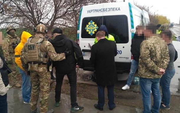 Чиновники Миколаївської області брали побори з фур за перевантаження - СБУ