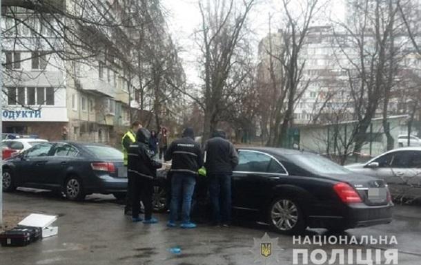 Полицейский украл пистолет с места убийства ювелира в Киеве – СМИ