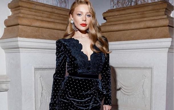 Співачка Тіна Кароль знялася без макіяжу