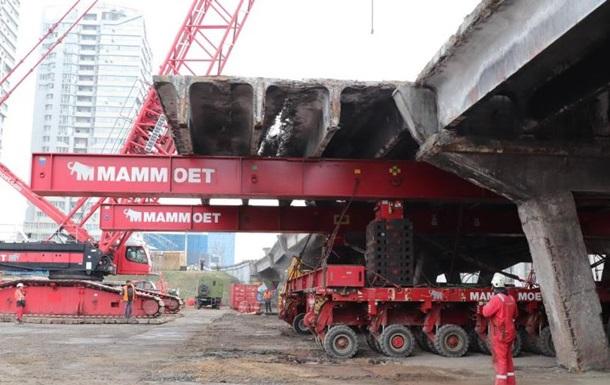 Голландська спецтехніка зняла перший проліт Шулявського моста