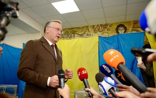 РФ заочно арештувала екс-міністра оборони України