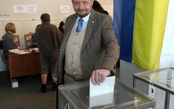 Нардепа Мосійчука оштрафують за фото бюлетеня