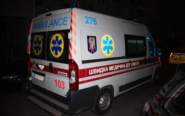 В Киеве после ссоры с парнем девушка выпрыгнула из окна