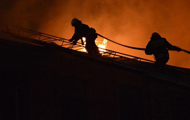 Масштабный пожар в Днепре: горели два старинных здания