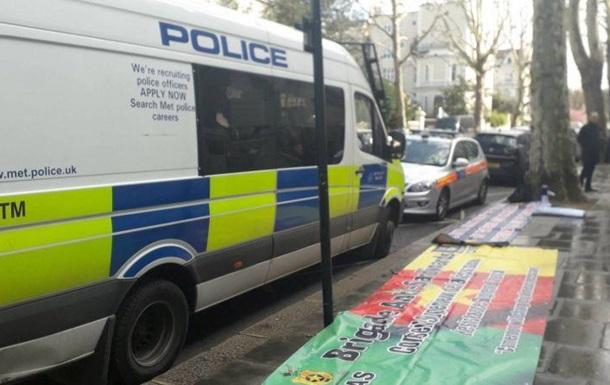 Нападник на авто посла України в Британії виявився психічнохворим