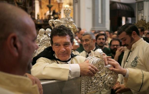 Антонио Бандерас принял участи е праздновании Вербного воскресенья в родном городе