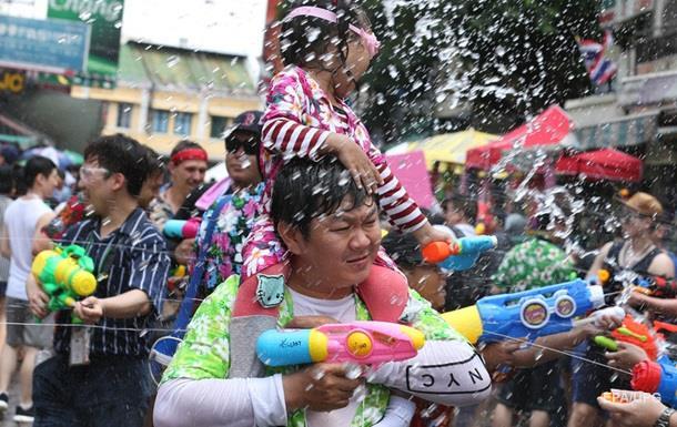 У Таїланді 237 людей загинули в ДТП за чотири дні святкування Сонгкрана