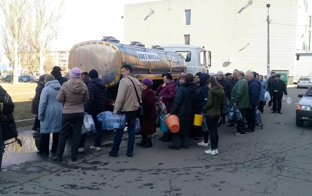 На Донбассе без воды десятки населенных пунктов