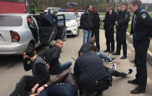 У Харкові студенти з Ізраїлю відкрили стрілянину з автомобіля