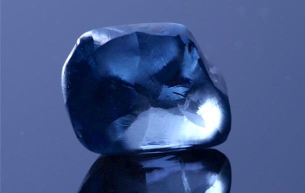 Найден 20-каратный алмаз редчайшего синего цвета
