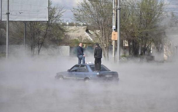 У Харкові кілька вулиць залило окропом