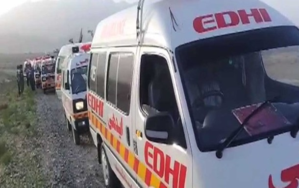 У Пакистані під час нападу на автобус вбили 14 людей