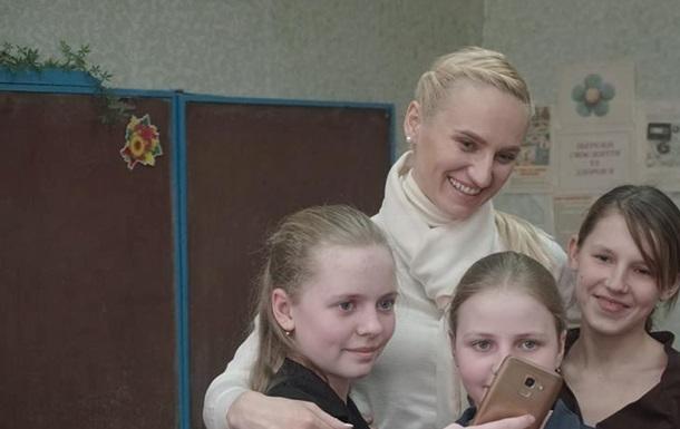 340 учнів постраждалої під час обстрілів Авдіївської школи залишаються самі