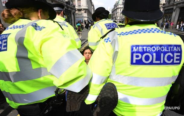 У Лондоні затримали півтисячі екологічних активістів