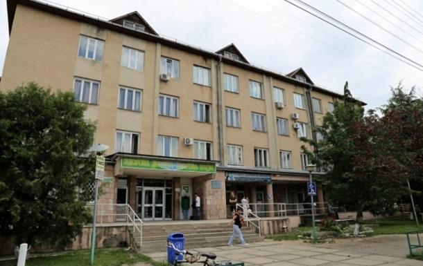 В Мукачево 13-летняя девочка попала в реанимацию с отравлением кокаином