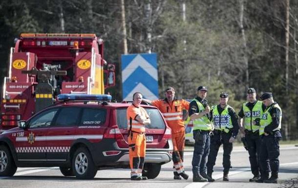 У Швеції перекинувся автобус з туристами
