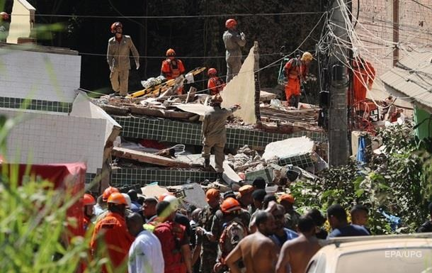 Обрушения домов в Бразилии: число жертв возросло до 22