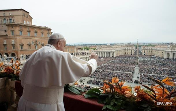 В пасхальной речи Папа Римский вспомнил Украину