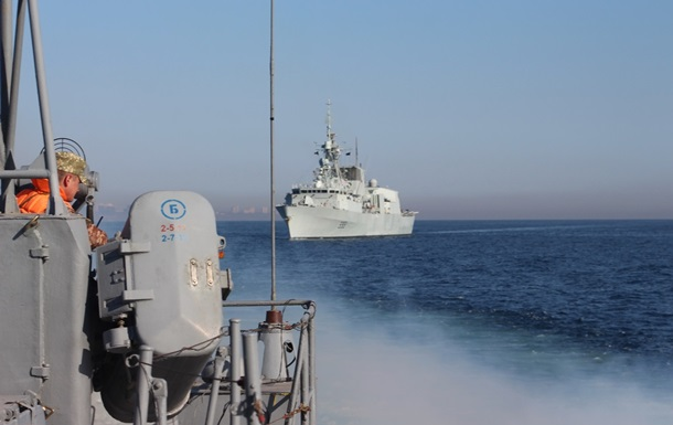 МВД усиливает работу в Азовском и Черном морях