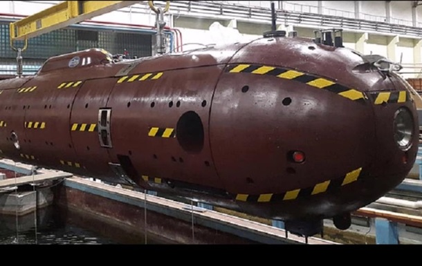 У Росії спустили на воду новітній підводний човен
