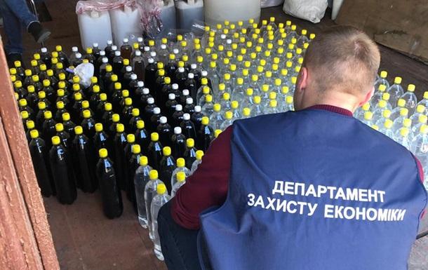 У Житомирській області знайшли дві тонни контрафактного алкоголю