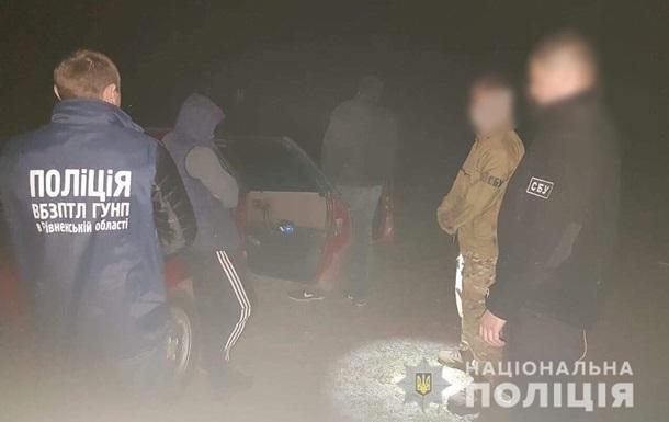 У Рівненській області блокували канал переправлення нелегалів