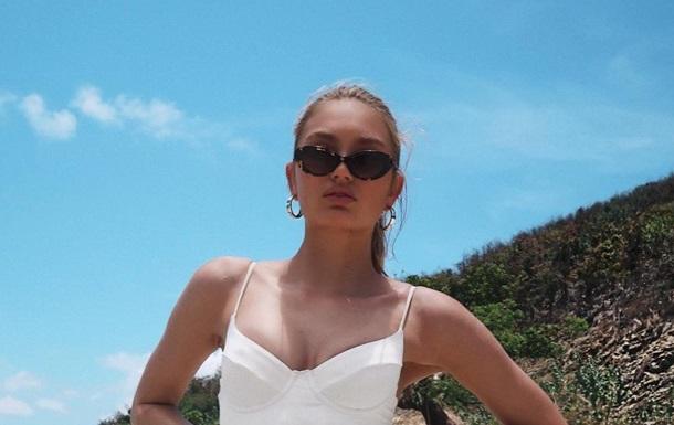 Супермодель Роми Стрейд снялась в купальнике